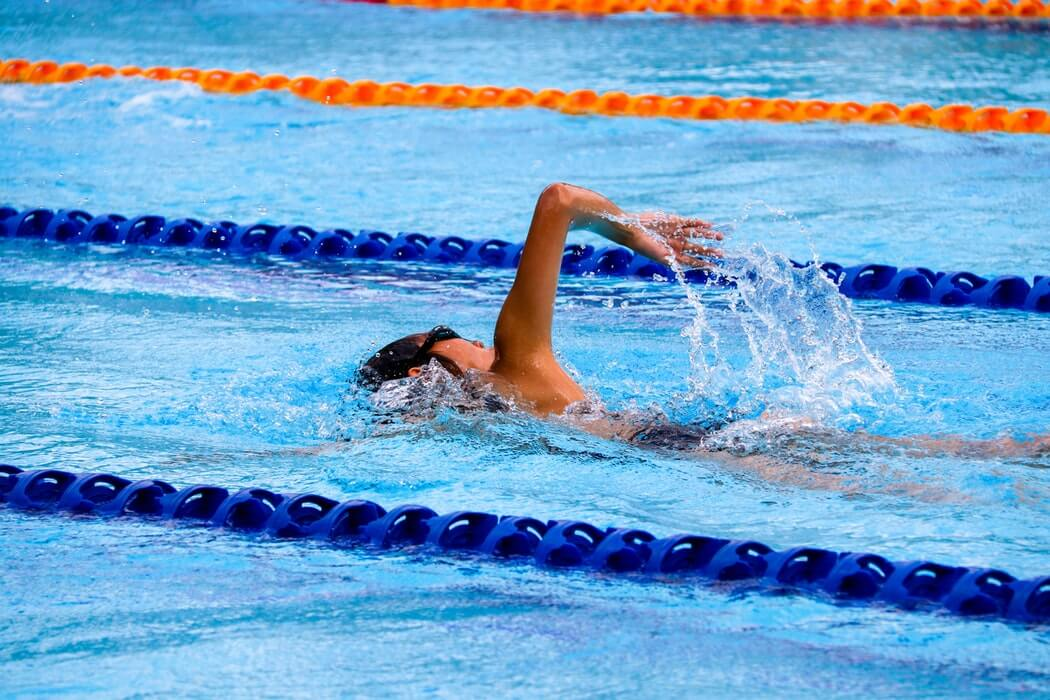 basic swimming strokes for beginners