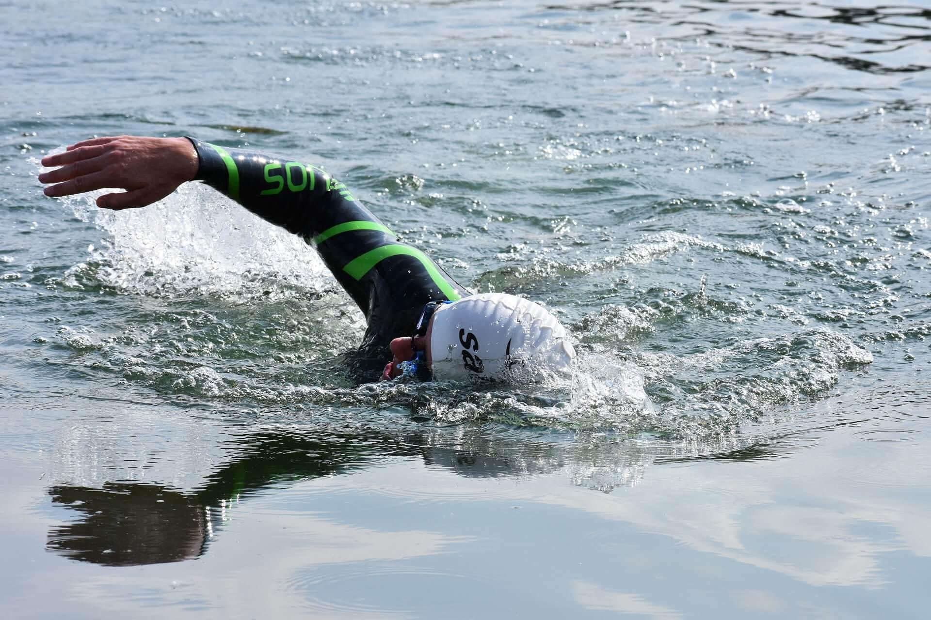 triathlon swimming technique